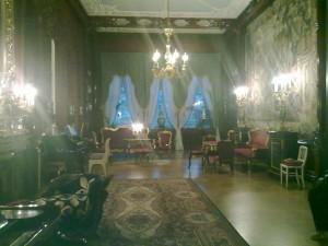 Гобеленовая гостиная